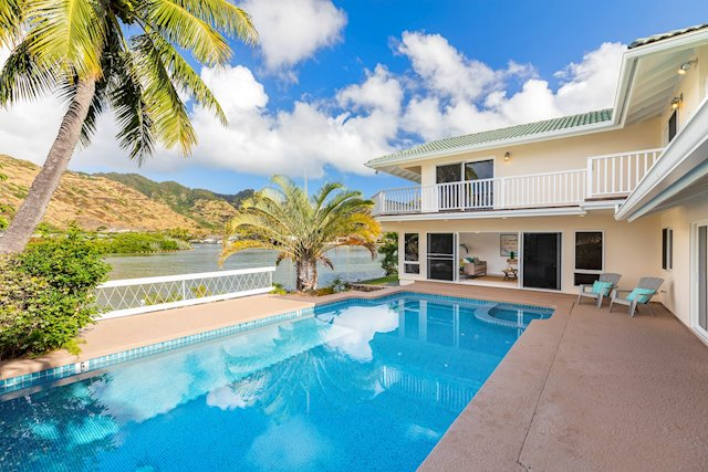 Marina-Front Hawaii Kai Home, Priced to Sell