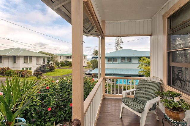 Move-In Ready Home in Great South Hilo Location