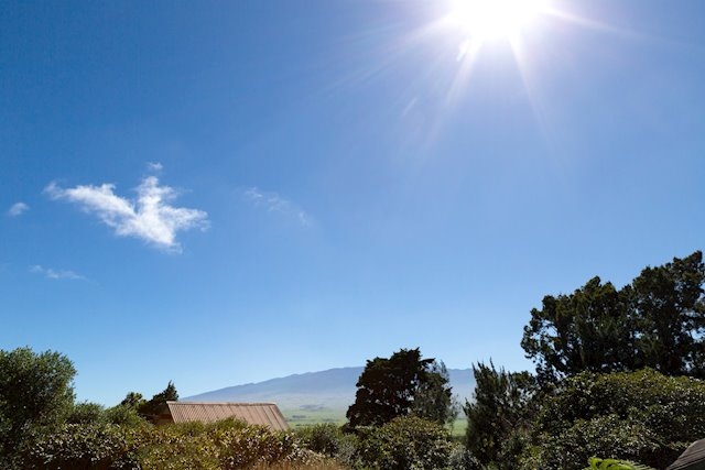 Mauna Kea-View Home With a Sizable Yard