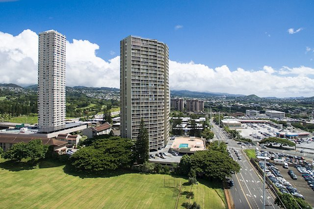 Great Price in a Central Aiea Location