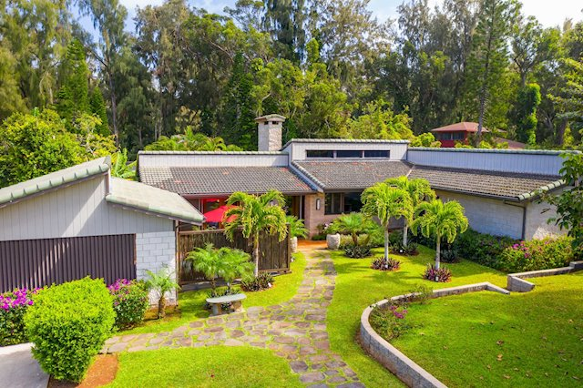 Renovated Pupukea Executive Home and Cottage on 1 Acre