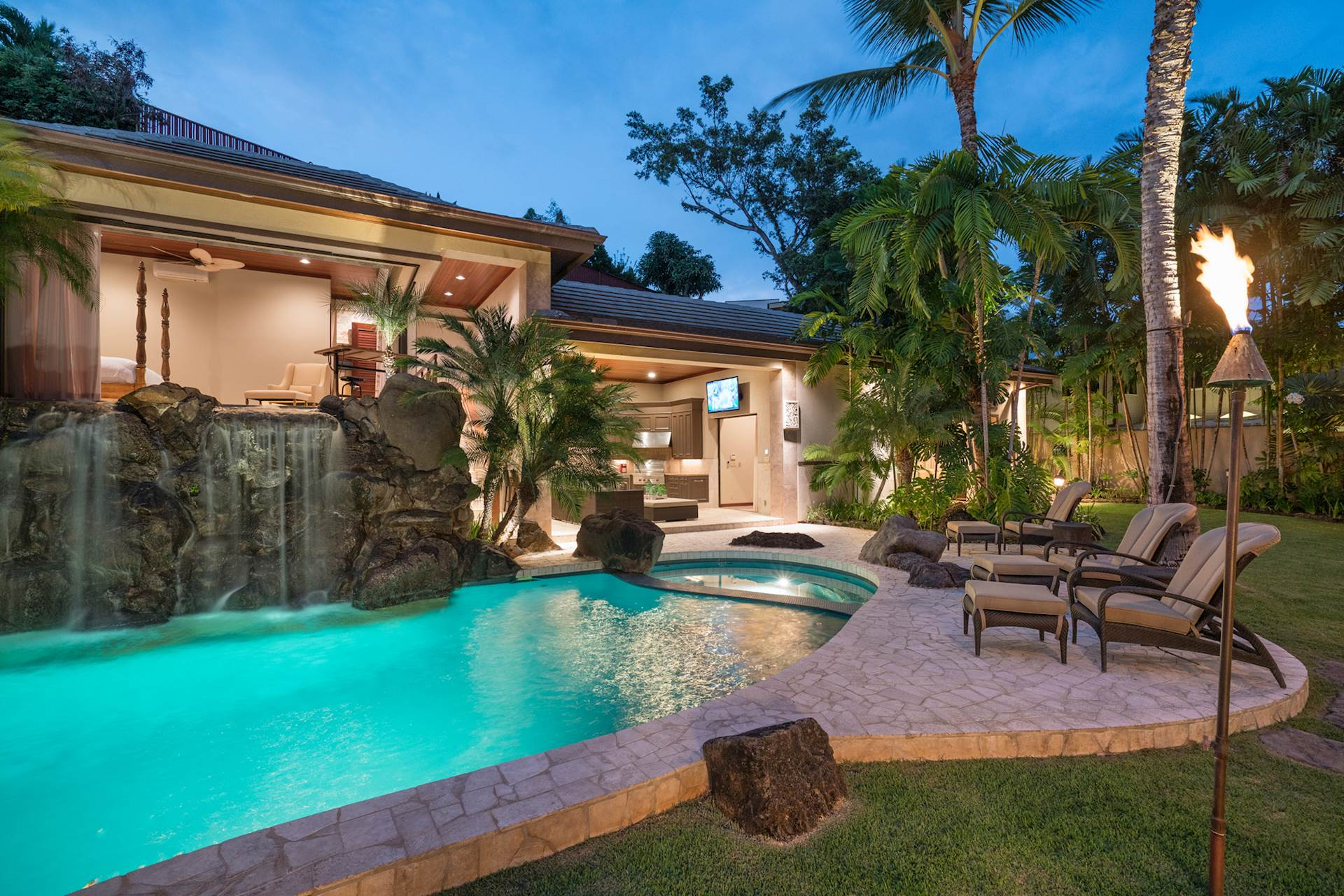 Hawaii Luxury Real Estate Homes For Sale In Hawaii | Elite Pacific  Properties Photo