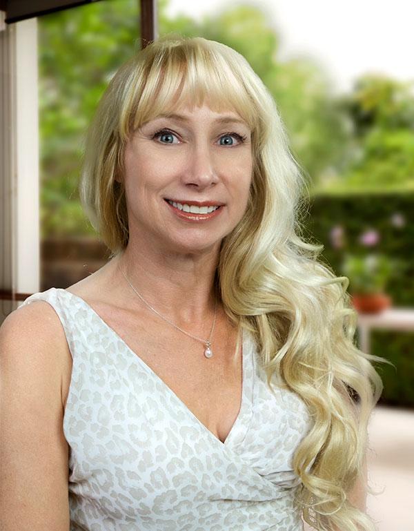 Danielle Haviland, REALTOR-Associate