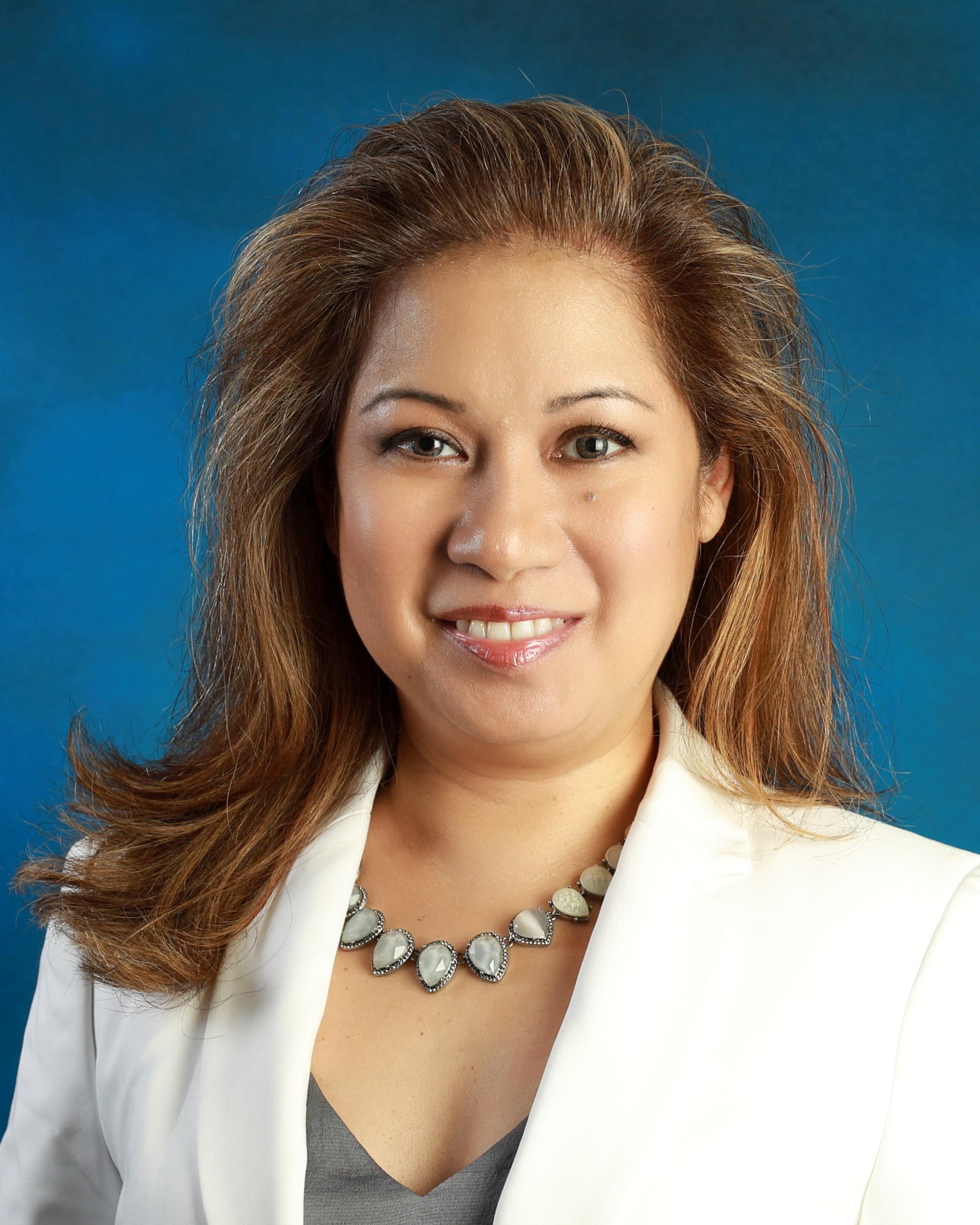 Devonnee Kira, Executive Assistant