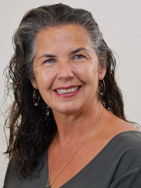 Kelly Shaw, R(B)