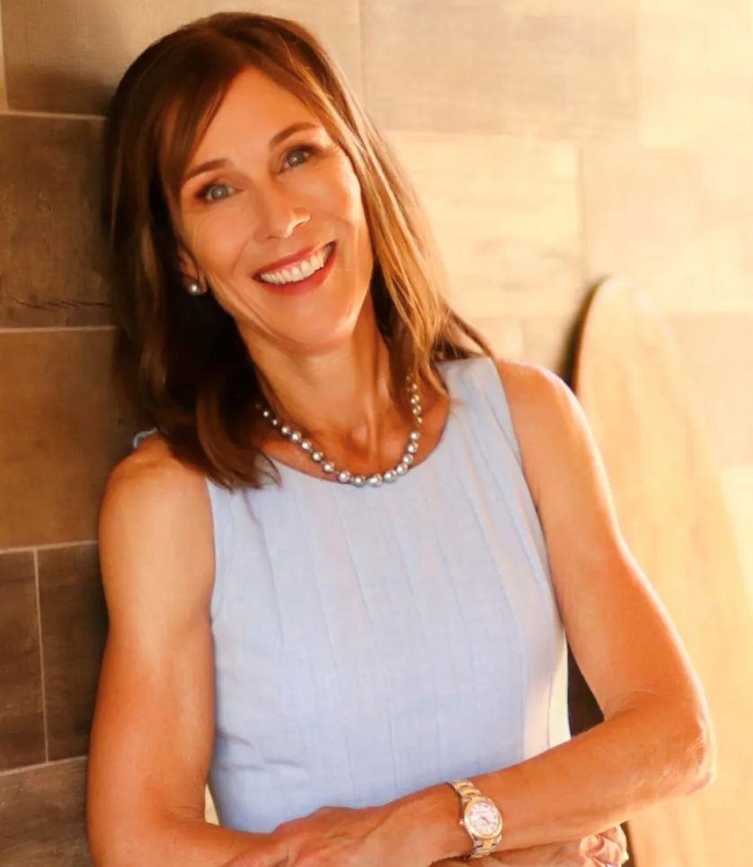 Hannah Sirois, REALTOR(B), Partner